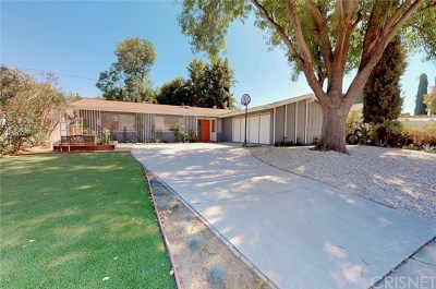 Canoga Park Single Family Home For Sale: 8210 Glade Avenue