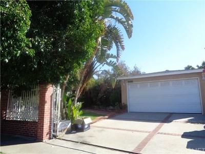 Panorama City Single Family Home Active Under Contract: 8428 Sylmar Avenue