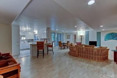 Studio City Condo/Townhouse For Sale: 4240 Fulton Avenue #108
