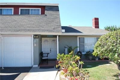 Sun Valley Single Family Home For Sale: 8975 Cayuga Avenue
