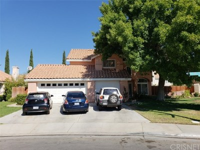 Lancaster Single Family Home For Sale: 2343 Avenida Del Mar