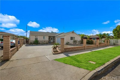 Arleta Single Family Home For Sale: 9419 Urbana Avenue