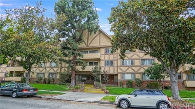 Glendale Condo/Townhouse Active Under Contract: 600 W Stocker #211