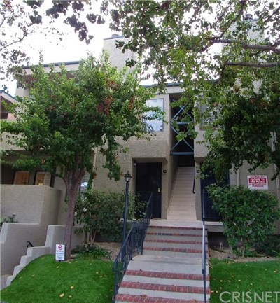 Canoga Park Condo/Townhouse For Sale: 21000 Bryant Street #4