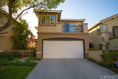 Castaic Condo/Townhouse For Sale: 30318 Marigold Circle