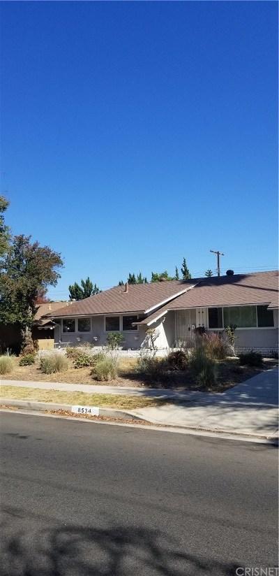 Canoga Park Single Family Home For Sale: 8534 Owensmouth Avenue
