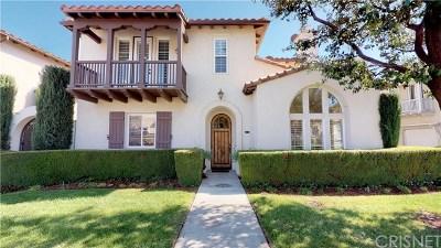 Valencia Condo/Townhouse For Sale: 26916 Monterey Avenue