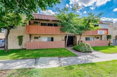 Valley Glen Multi Family Home For Sale: 6630 Whitsett Avenue