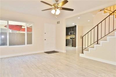 Van Nuys Condo/Townhouse For Sale: 7321 Lennox Avenue #G10