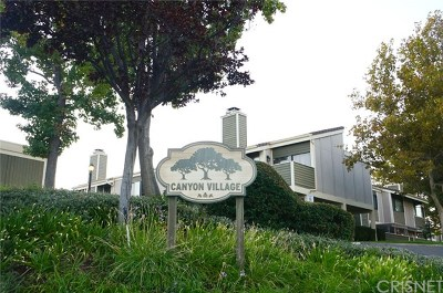 Canyon Country Condo/Townhouse Active Under Contract: 27106 Hidaway Avenue #4