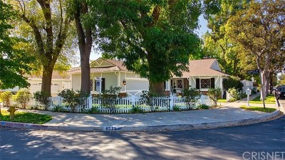 Valley Glen Single Family Home Active Under Contract: 6723 Mammoth Avenue