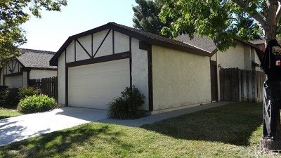 Canyon Country Condo/Townhouse Active Under Contract: 28293 Bockdale Avenue