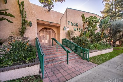 Van Nuys Condo/Townhouse For Sale: 7924 Woodman Avenue #16