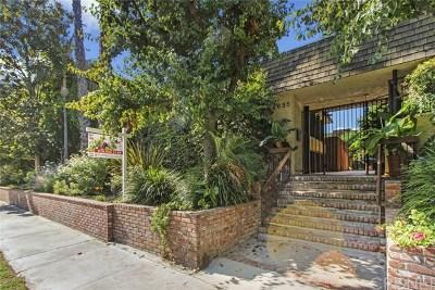 Sherman Oaks Condo/Townhouse For Sale: 4655 Natick Avenue #3