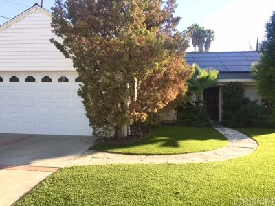 Canyon Country Single Family Home For Sale: 28110 Tenda Drive