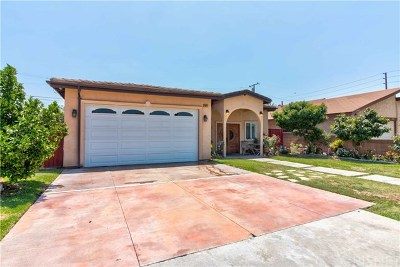 Downey Single Family Home For Sale: 8840 Stoakes Avenue