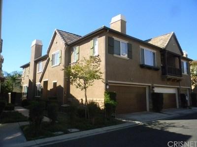 Saugus Condo/Townhouse For Sale: 28369 Mirabelle Lane