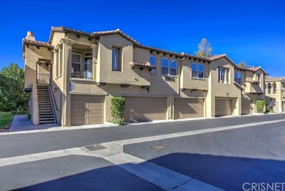 Canyon Country Condo/Townhouse For Sale: 17977 Lost Canyon Road #97