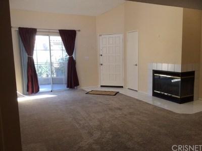 Valencia Condo/Townhouse For Sale: 23633 Del Monte Drive #274