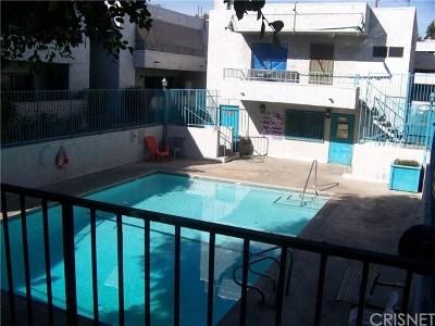 Panorama City Condo/Townhouse For Sale: 8847 Willis Avenue #22