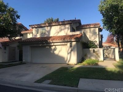 Thousand Oaks Condo/Townhouse For Sale: 539 Spyglass Lane