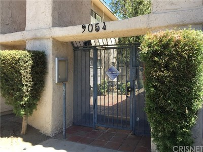 Panorama City Condo/Townhouse For Sale: 9054 Willis Avenue #22