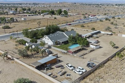 Lancaster, Palmdale Single Family Home For Sale: 41114 30th Street W