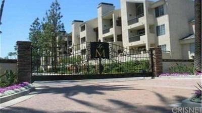 Woodland Hills Condo/Townhouse For Sale: 5525 Canoga Avenue #225