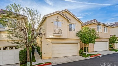 Sylmar Condo/Townhouse For Sale: 15232 Foothill Boulevard #124