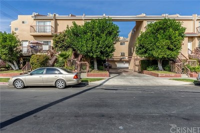 Van Nuys Condo/Townhouse For Sale: 13653 Wyandotte Street #5