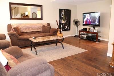 Santa Clarita, Newhall, Saugus, Valencia, Canyon Country Condo/Townhouse For Sale: 22532 Paseo Terraza