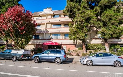 Sherman Oaks Condo/Townhouse For Sale: 14115 Moorpark Street #103