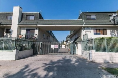 North Hills Condo/Townhouse For Sale: 9047 Langdon Avenue #12
