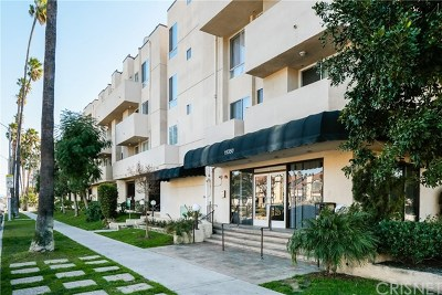 Reseda Condo/Townhouse For Sale: 19350 Sherman Way #331