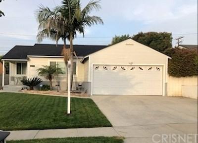 Lakewood Single Family Home For Sale: 5273 Deeboyar Avenue