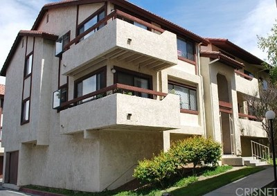 Santa Clarita, Newhall, Saugus, Valencia, Canyon Country Condo/Townhouse For Sale: 18124 Sundowner Way #1126
