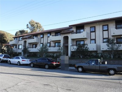 Canyon Country Condo/Townhouse For Sale: 28011 Tiffany Lane #328