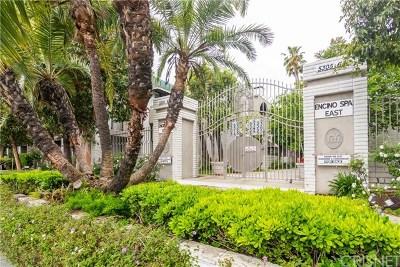 Encino Condo/Townhouse For Sale: 5345 White Oak Avenue #B