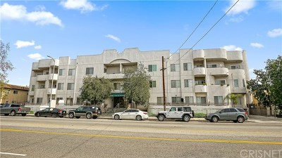 North Hollywood Condo/Townhouse Active Under Contract: 6828 Laurel Canyon Boulevard #101