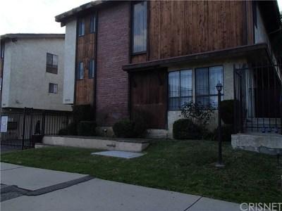 Panorama City Condo/Townhouse For Sale: 8933 Willis Avenue #16