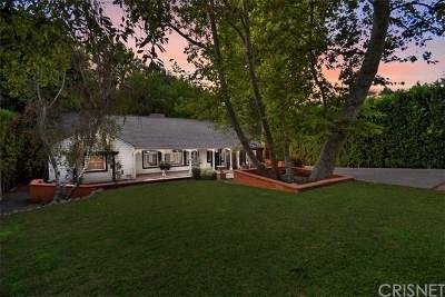 Sherman Oaks Single Family Home For Sale: 15531 Del Gado Drive