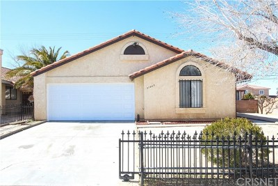 Palmdale Single Family Home For Sale: 37469 Lilacview Avenue