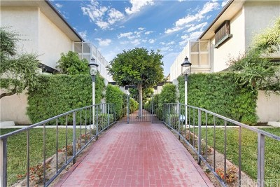 Temple City Condo/Townhouse For Sale: 9557 Broadway #4