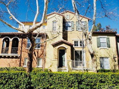 Valencia Condo/Townhouse For Sale: 23433 Abbey Glen Place