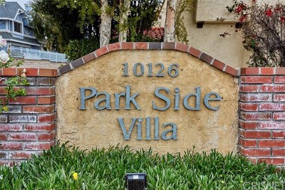 Northridge Condo/Townhouse For Sale: 10126 Reseda Boulevard #105