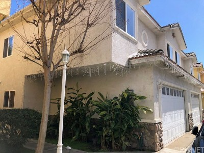Reseda Condo/Townhouse For Sale: 18930 Sherman Way #21
