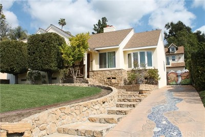 Burbank Single Family Home For Sale: 704 View Drive