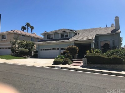 Granada Hills Single Family Home For Sale: 17806 Arvida Drive
