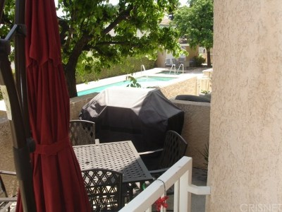 North Hills Condo/Townhouse For Sale: 15035 Nordhoff Street #106