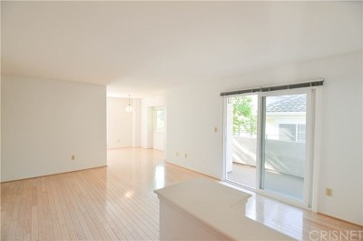 Condo/Townhouse For Sale: 4201 Las Virgenes Road #221